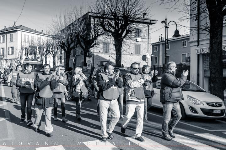 1 Dicembre 2015 - Corteo dal presidio della sede Saeco di Gaggio Montano alla piazza comunale di Porretta Terme, ove si è svolto il comizio dei sindacati