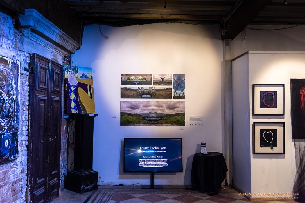 In esposizione dal 5 al 26 ottobre 2018 alla mostra internazionale d'arte Internationart in Venice, ospitata a Venezia negli splendidi spazi espositivi di Ca' Zanardi.