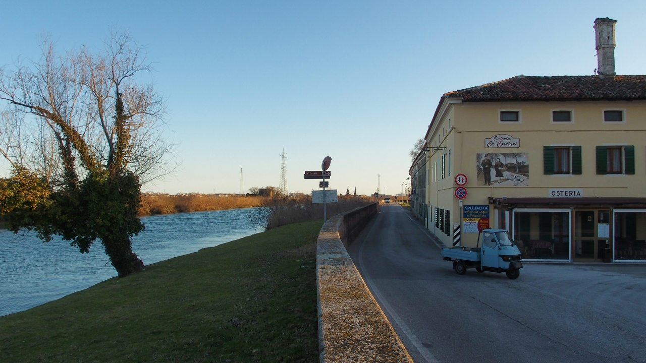 CA' CORNIANI (borgo rurale)